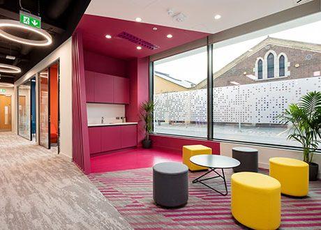 pink-office-design-01