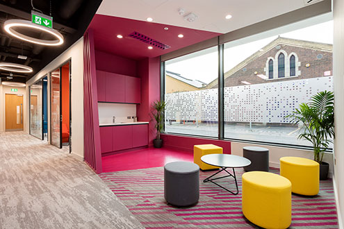 pink-office-design-01